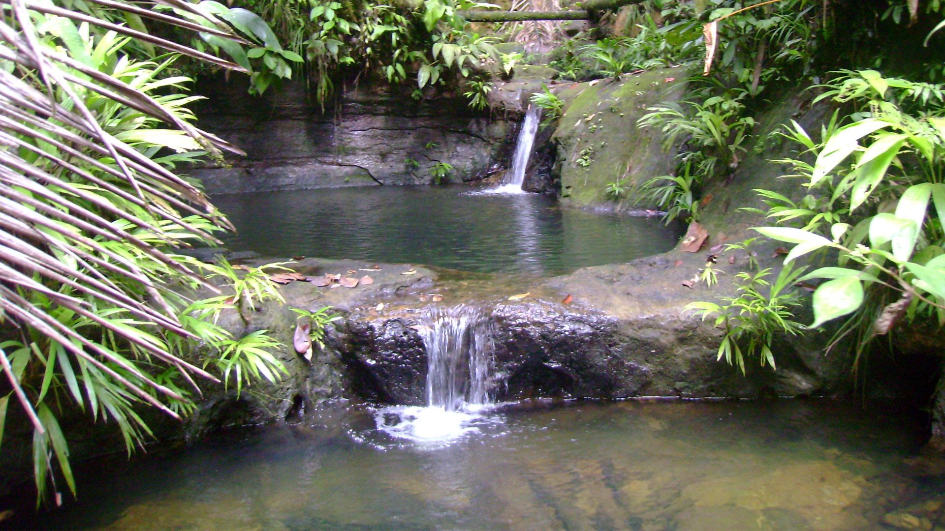 Fotografía de la piscina natural